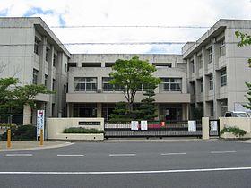 280px-Kashihara_city_Unebi-higashi_elem-sch.jpg
