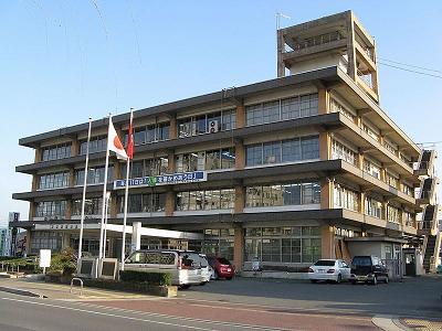 800px-Yamato-Takada_city-office.jpg